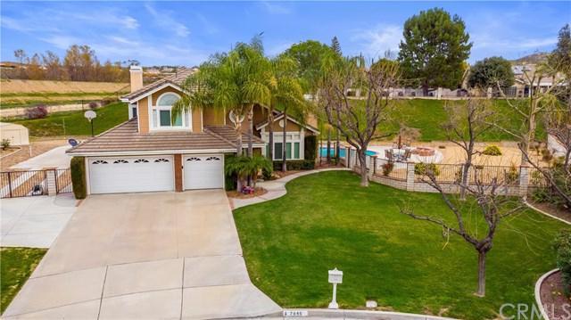 7846 Silver Hills Drive, Riverside, CA 92506 (#IV19033326) :: The DeBonis Team