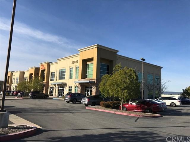 38605 Calistoga Drive, Murrieta, CA 92563 (#SW19034936) :: The Laffins Real Estate Team