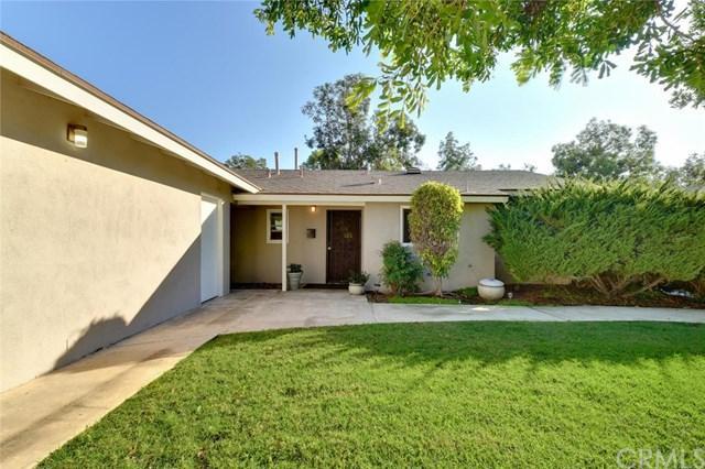 1835 E 19th Street #4, Santa Ana, CA 92705 (#OC19034314) :: J1 Realty Group