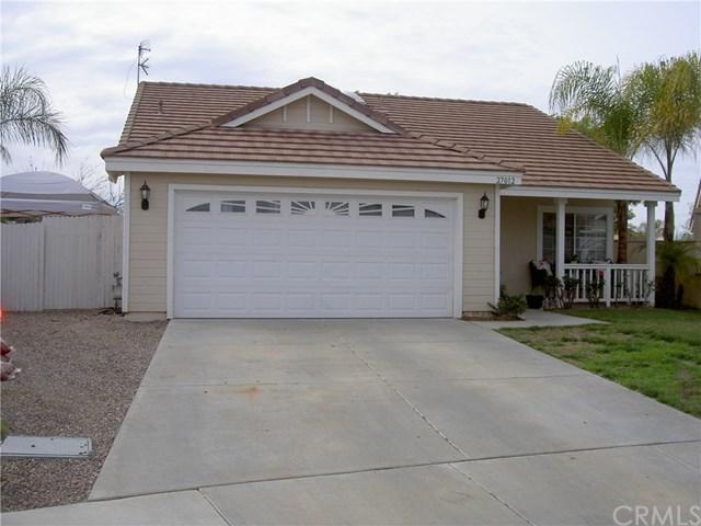 27012 Fitzgerald Pl, Menifee, CA 92584 (#SW19034111) :: The Laffins Real Estate Team