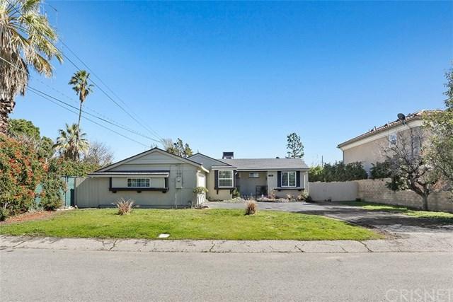 7790 Varna Avenue, North Hollywood, CA 91605 (#SR19033972) :: Team Tami