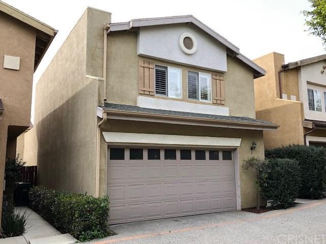 15122 Roxford Street #2, Sylmar, CA 91342 (#SR19035083) :: The Laffins Real Estate Team
