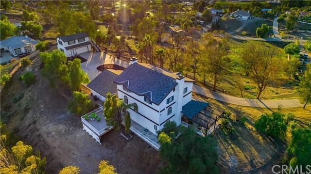 24191 Beverly Drive, Menifee, CA 92587 (#SW19026523) :: The Laffins Real Estate Team