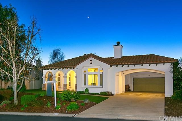 2155 Stone Castle, Fallbrook, CA 92028 (#SW19030775) :: Team Tami