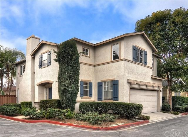 2855 N Santa Fe Place, Orange, CA 92865 (#NP19033849) :: The Darryl and JJ Jones Team
