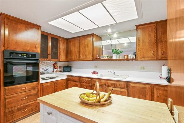 13800 Annandale M1-#40L, Seal Beach, CA 90740 (#PW19035521) :: Zilver Realty Group