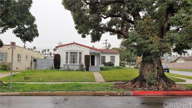 5701 West Boulevard, Los Angeles (City), CA 90043 (#SR19032561) :: Team Tami