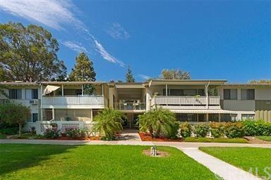 124 Via Estrada R, Laguna Woods, CA 92637 (#OC19035822) :: Zilver Realty Group