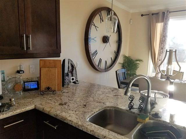 9684 Caminito Macklin, Lakeside, CA 92040 (#190008751) :: The Laffins Real Estate Team