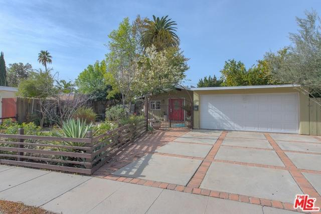 6741 Sunnybrae Avenue, Winnetka, CA 91306 (#19434000) :: Team Tami