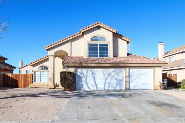 3261 Rollingridge Avenue, Palmdale, CA 93550 (#SR19036107) :: The Marelly Group   Compass