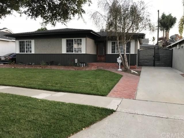 2814 Onrado Street, Torrance, CA 90503 (#SB19029783) :: Go Gabby