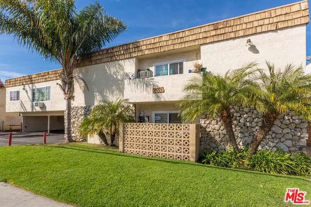 14835 Vanowen Street, Los Angeles (City), CA 91405 (#19435172) :: The Laffins Real Estate Team
