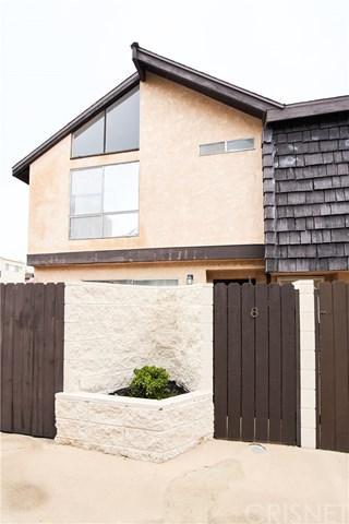 5463 Newcastle Avenue #8, Encino, CA 91316 (#SR19036062) :: The Laffins Real Estate Team