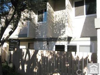 2300 S Hacienda Boulevard F10, Hacienda Heights, CA 91745 (#WS19035406) :: Team Tami