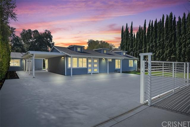 22330 Vanowen Street, Woodland Hills, CA 91303 (#SR19036279) :: Team Tami