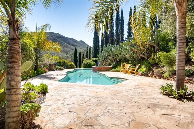 715 Quiet Hills Farm Rd, Escondido, CA 92029 (#190009104) :: Heller The Home Seller