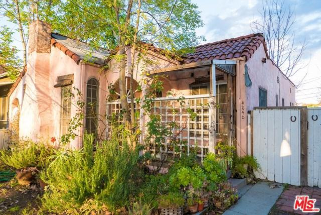 4040 Cartwright Avenue, Studio City, CA 91604 (#19435298) :: Team Tami
