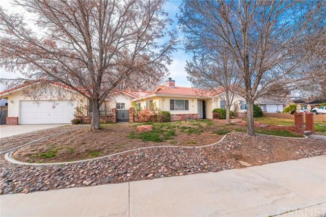 42959 Fountainebleau Court, Lancaster, CA 93536 (#SR19036522) :: RE/MAX Innovations -The Wilson Group