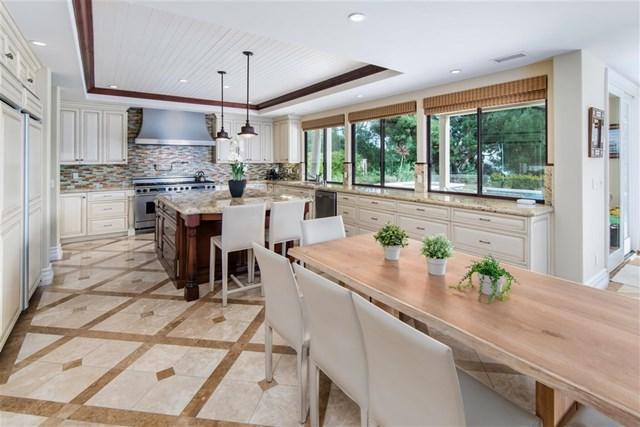 2666 Caminito Tom Morris, La Jolla, CA 92037 (#190009254) :: McLain Properties