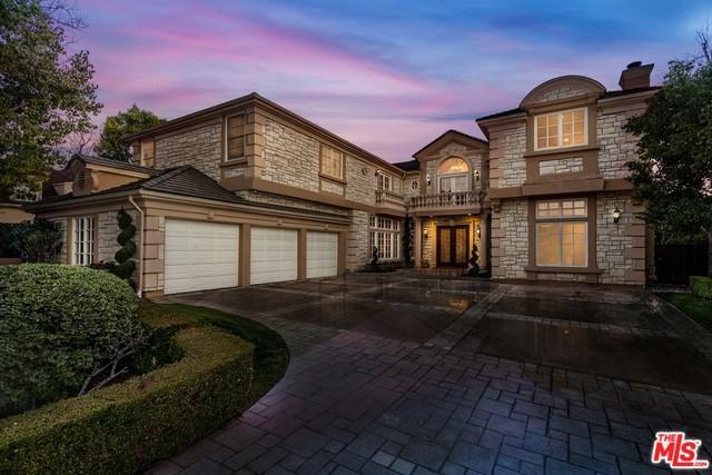 11756 Wetherby Lane, Los Angeles (City), CA 90077 (#19435406) :: PLG Estates