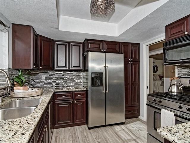 376 Center St #305, Chula Vista, CA 91910 (#190009357) :: Steele Canyon Realty