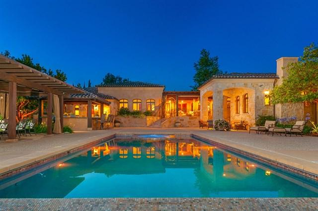 17222 Via Recanto, Rancho Santa Fe, CA 92067 (#190009387) :: McLain Properties