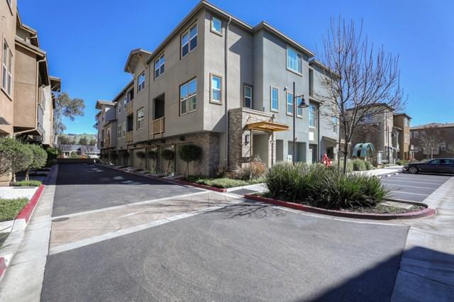 2418 Stearman Lane #4, San Jose, CA 95132 (#ML81739483) :: The Laffins Real Estate Team