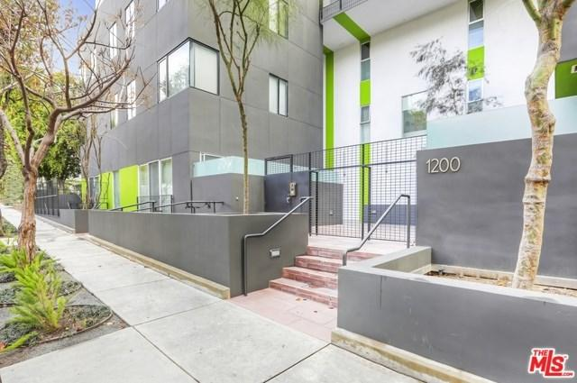 1200 N Sweetzer Avenue #1, West Hollywood, CA 90069 (#19434834) :: PLG Estates