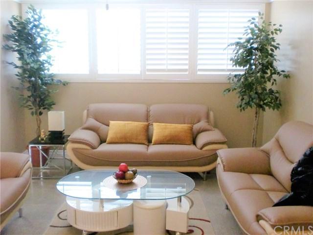 6000 Canterbury Drive D112, Culver City, CA 90230 (#WS19038912) :: PLG Estates
