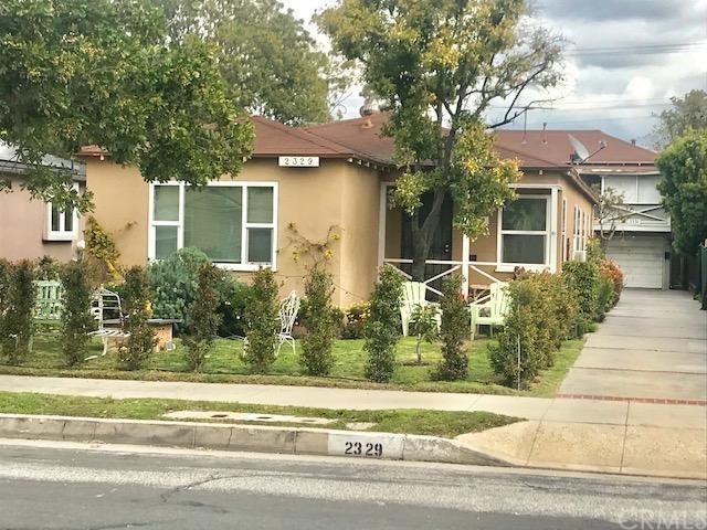 2329 33rd Street, Santa Monica, CA 90405 (#RS19039034) :: PLG Estates