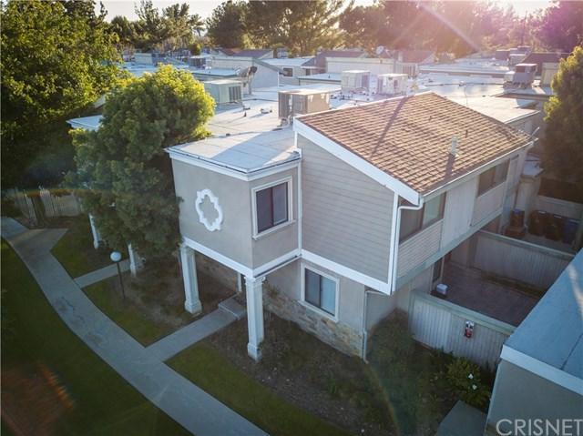 10750 Woodley Avenue #6, Granada Hills, CA 91344 (#SR19037957) :: The Brad Korb Real Estate Group
