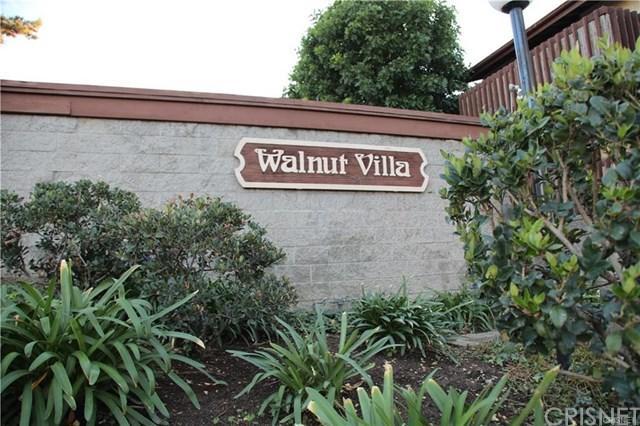 13940 Oxnard Street, Valley Glen, CA 91401 (#SR19039296) :: The Brad Korb Real Estate Group