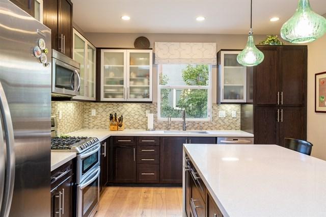 7831 Modern Oasis Dr., San Diego, CA 92108 (#190009772) :: McLain Properties