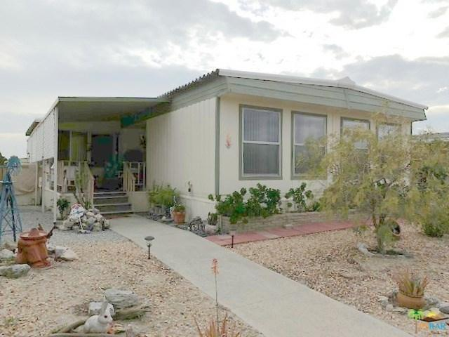 69671 Country Club Drive, Desert Hot Springs, CA 92241 (#19436626PS) :: Fred Sed Group