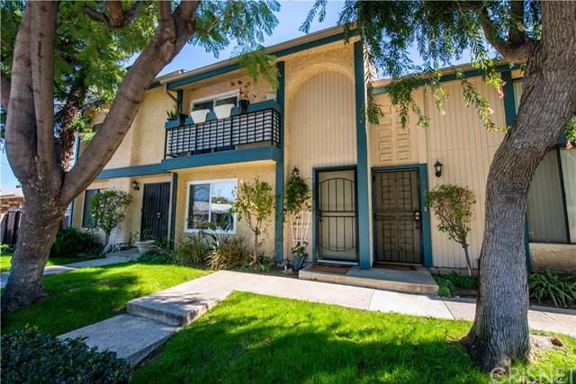 6824 Forbes Avenue, Lake Balboa, CA 91406 (#SR19039958) :: The Brad Korb Real Estate Group