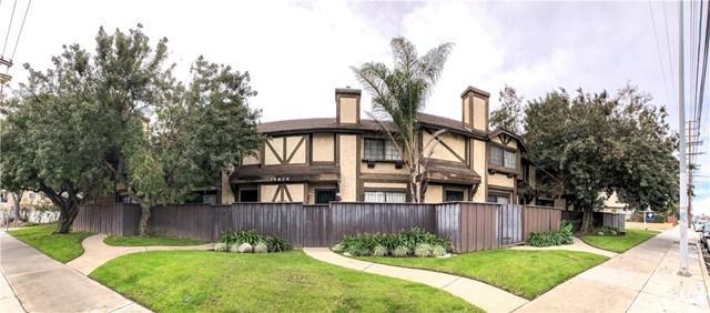 14924 Nordhoff Street #4, North Hills, CA 91343 (#SR19039644) :: The Brad Korb Real Estate Group
