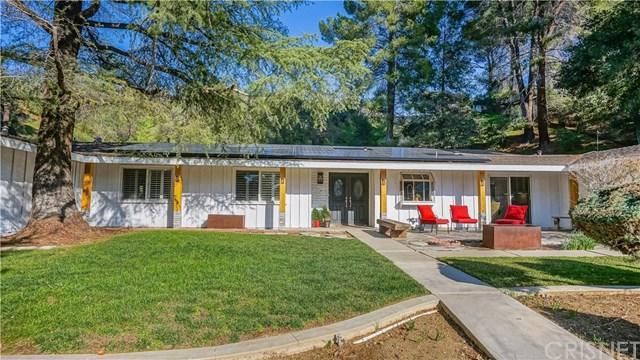 15715 Beaver Run Road, Canyon Country, CA 91387 (#SR19037940) :: The Brad Korb Real Estate Group
