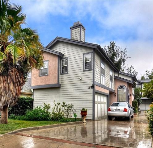 169 Merrill Place A, Costa Mesa, CA 92627 (#NP19035927) :: The Danae Aballi Team