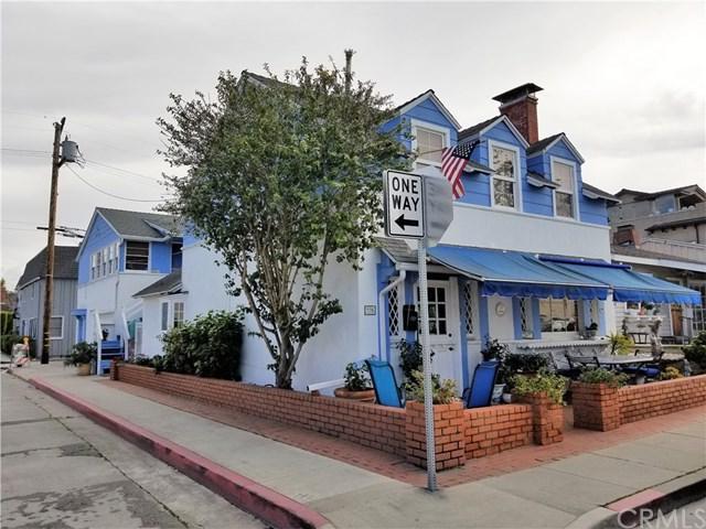 226 Sapphire Avenue, Newport Beach, CA 92662 (#NP19040258) :: The Danae Aballi Team