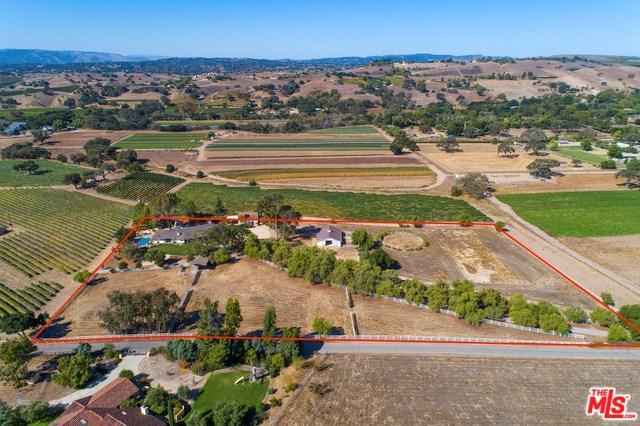 2660 Ontiveros Road, Santa Ynez, CA 93460 (#19437870) :: Fred Sed Group