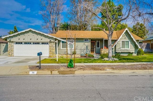 711 Ridgefield Drive, Claremont, CA 91711 (#CV19045434) :: Mainstreet Realtors®