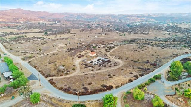 39900 Intrepid Road, Temecula, CA 92592 (#SW19046830) :: Realty ONE Group Empire