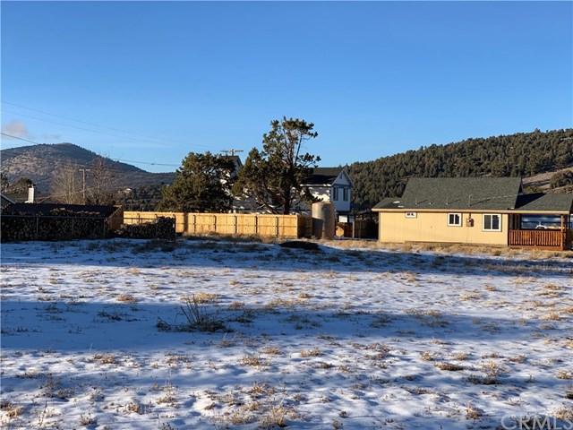 825 Pinon Lane, Big Bear, CA 92314 (#EV19047667) :: The Laffins Real Estate Team