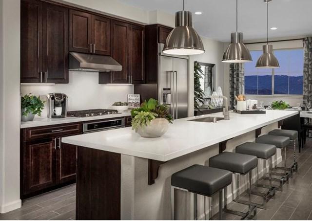 143 Agustin Narvaez Street Unit 4, San Jose, CA 95136 (#ML81741251) :: RE/MAX Empire Properties
