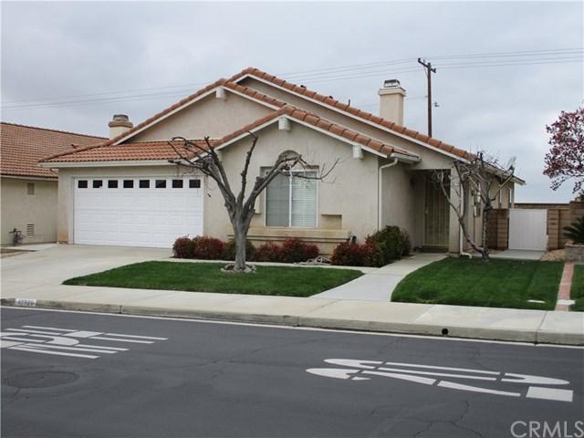 10320 Bel Air Drive, Cherry Valley, CA 92223 (#EV19048914) :: Vogler Feigen Realty