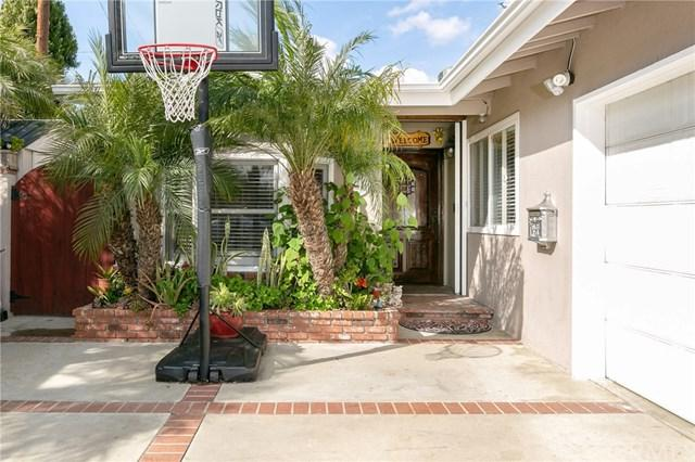 930 Eastman Place, San Pedro, CA 90731 (#SB19043932) :: J1 Realty Group
