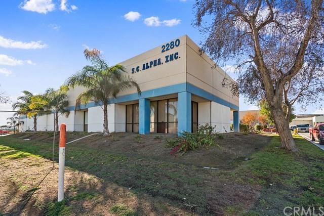 2280 S Riverside Avenue, Bloomington, CA 92316 (#CV19049596) :: Millman Team