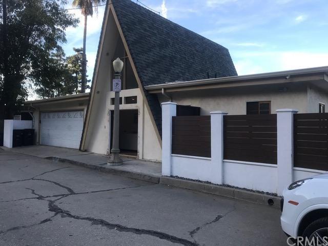 1537 Wildwood Drive, Eagle Rock, CA 90041 (#BB19053620) :: Millman Team