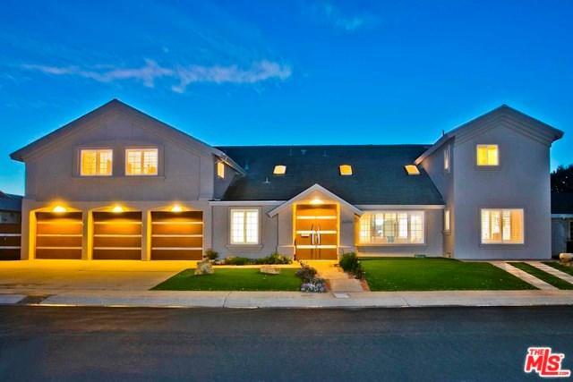 8654 Nottingham Place, La Jolla, CA 92037 (#19439670) :: RE/MAX Empire Properties